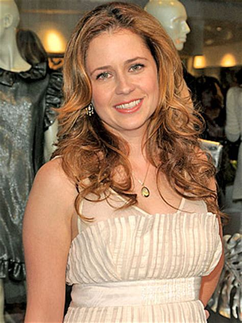 hot office pregnancy the office star jenna fischer is pregnant pop goes