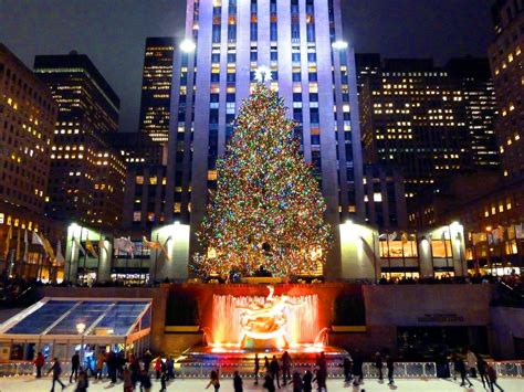 your guide to christmas in new york