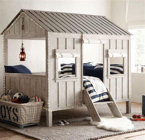 cabane pour chambre enfant lit enfant en forme de cabane