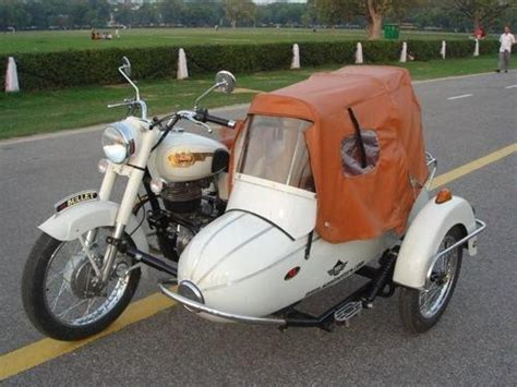 Car Modification Karol Bagh by Royal Enfield With Side Car Mukesh Motors Service