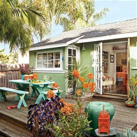 outdoor rooms on a budget liven up with color and movement 39 budget wise ways to