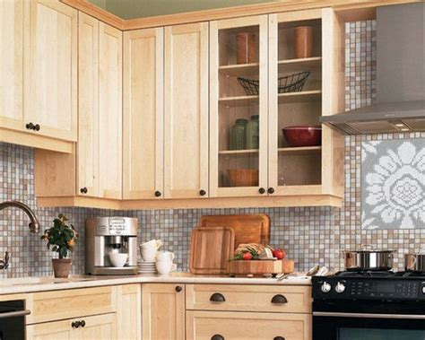 light maple shaker cabinets marvelous light maple kitchen cabinets design modern