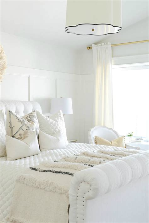 The All White Bed Style 10 Glamorous Bedroom Ideas Decoholic