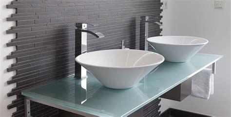 fliesen weiß badezimmer badezimmer schwarz wei 223 gefliest badezimmer