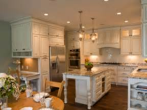 Country Cottage Kitchen Design by Kitchen Layout Templates 6 Different Designs Hgtv