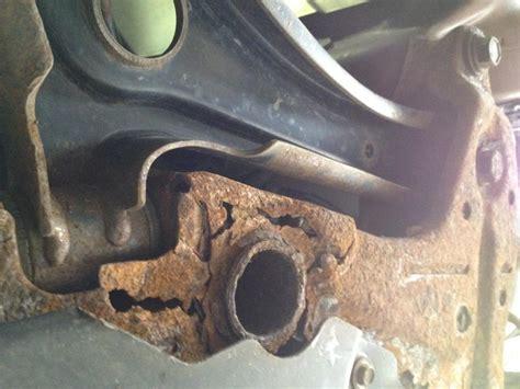jeep patriot engine cradle  rusted   complaints