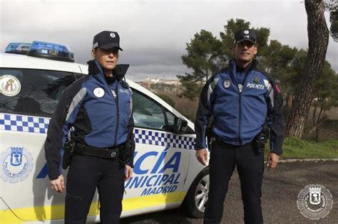 nuevo uniforme de la policia la polic 237 a municipal de madrid estrena uniforme celeste