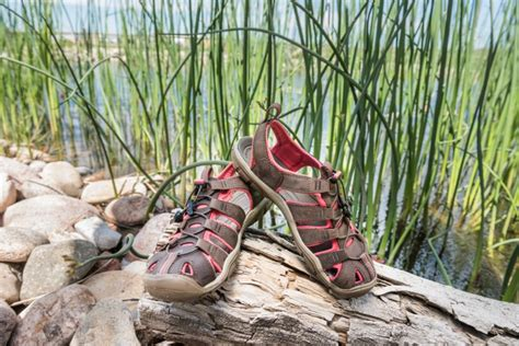 hiking sandals reviews best hiking sandals for top picks reviews buying