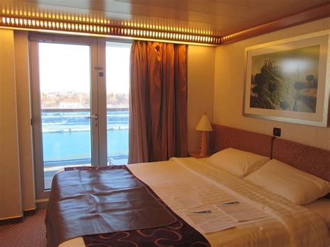 cabine costa deliziosa cabin on costa deliziosa cruise ship cruise critic