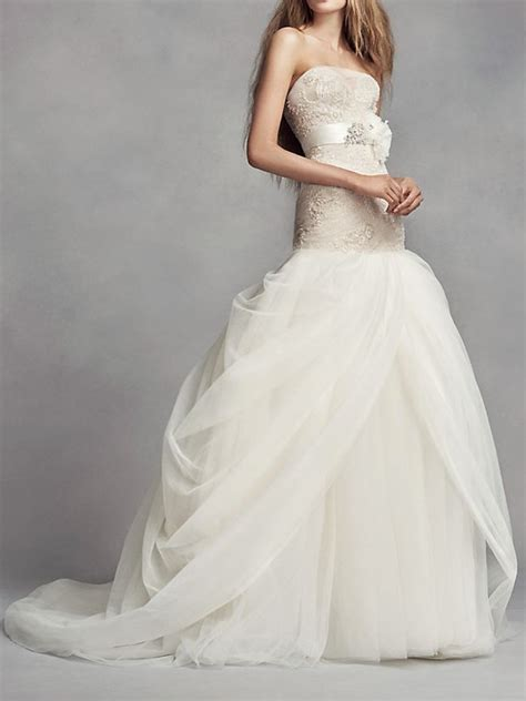 Petite Wedding Dresses ? Bridal Gowns for Petite Women
