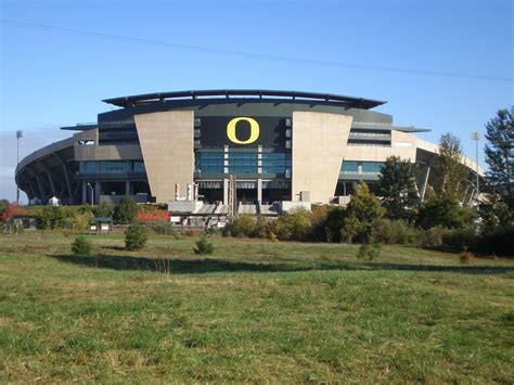 Where Do Mba Students Live In Eugene Oregon by Where To Live In Eugene Oregon Without A Car Movoto