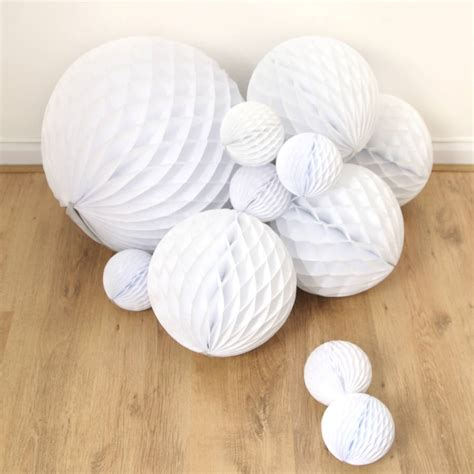 Paper Balls - tissue paper honeycomb decoration by blossom