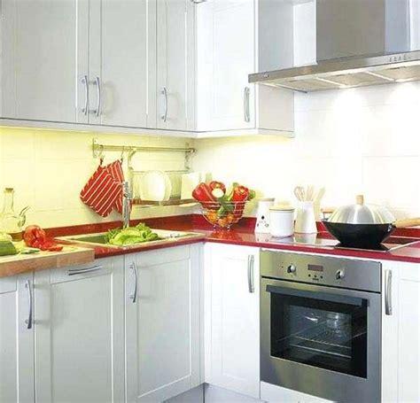 come arredare cucina piccola come arredare una piccola cucina abitabile idee e