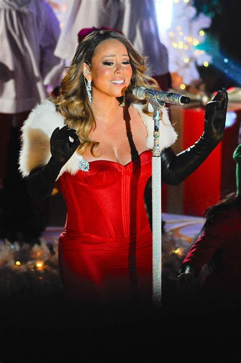 mariah carey at 81st annual rockefeller center christmas