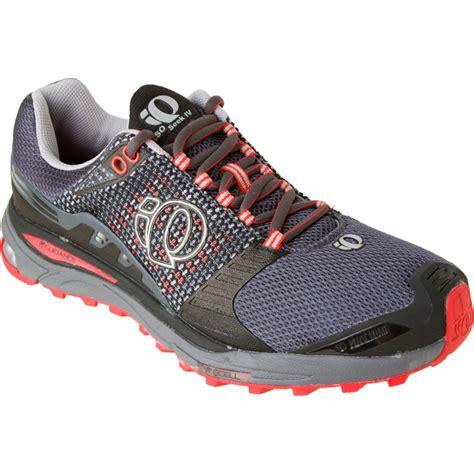 pearl izumi mens running shoes pearl izumi isoseek trail running shoe s
