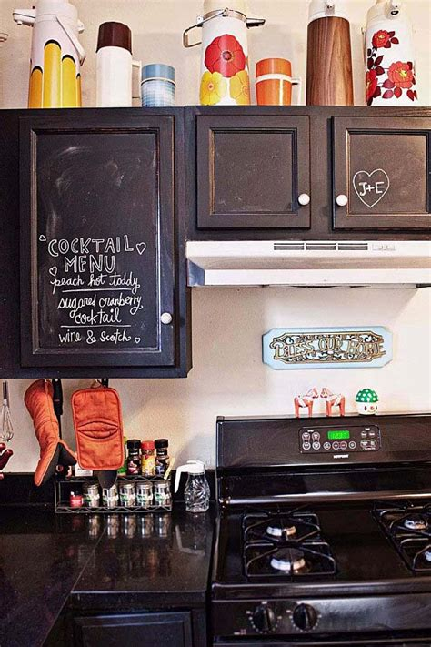 chalkboard in kitchen ideas 21 inspiring ways to use chalkboard paint on a kitchen