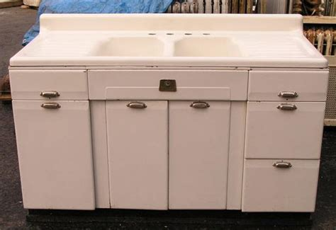 Vintage Kitchen Sink Vintage Style Kitchen Drainboard Sinks Retro Renovation