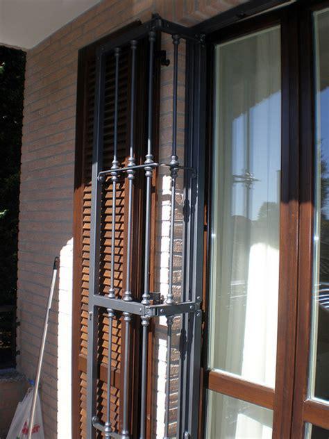 inferriate per persiane progetto posa serramenti e persiane in legno inferriate