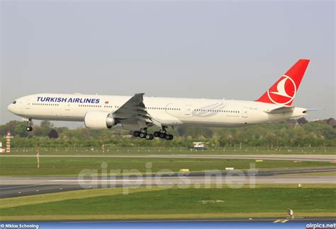 Turkish L by Airpics Net Tc Jjg Boeing 777 300er Turkish Airlines