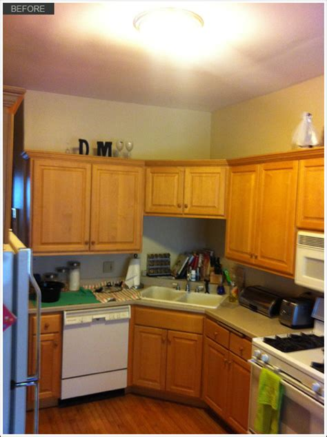 Kitchen Cabinet Painting Chicago by Kitchen And Bath Cabinet Refinishing By Wrigley Field