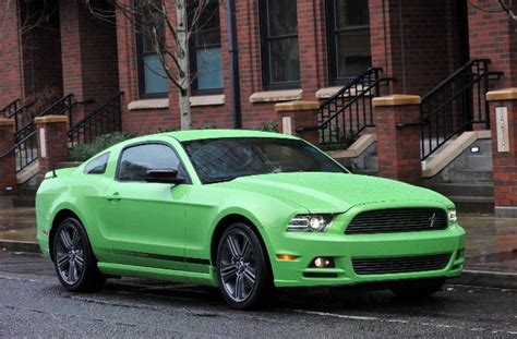 2010 2014 Ford Mustang A Bold Statement The Motoring