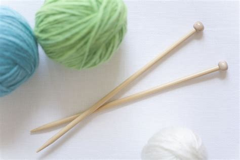 can i take knitting needles on the plane knitting on an airplane safety and politeness