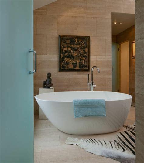 Moderne Badezimmer Mit Freistehender Badewanne by Freistehende Badewanne Im Modernen Badezimmer