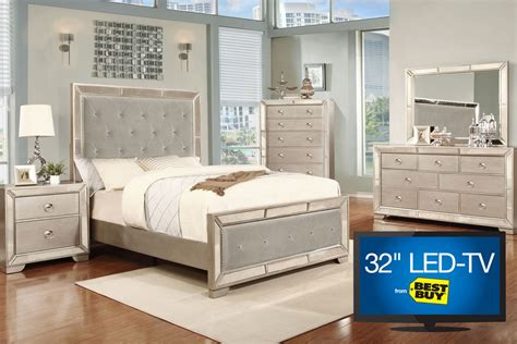 bedroom set with tv image 5 piece king bedroom set with 32 quot tv at gardner white
