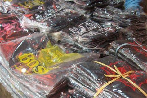 Kantong Plastik hindari penggunaan kresek hitam untuk makanan
