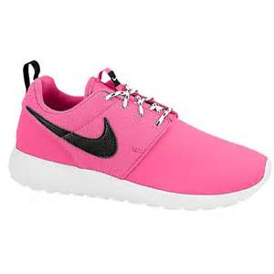 Nike roshe one girls grade school running shoes white liquid