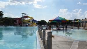 Garden City Ks Pool Water Slide Picture Of The Big Pool World S Largest