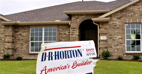 big discounts from dr horton homes new homes sc homebuilder dr horton s bet on entry level houses paying