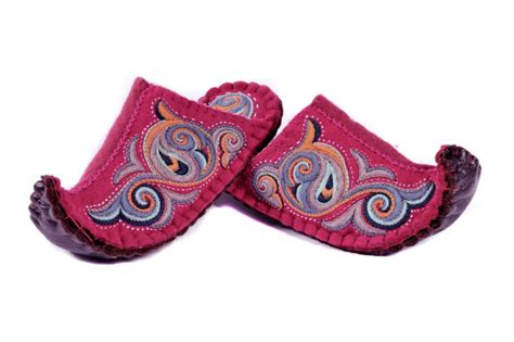 mongolian slippers mongolian felt slippers design felt clogs