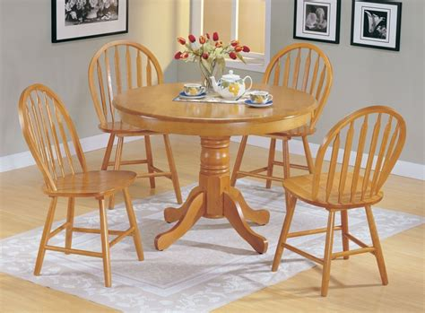 round dining room table for 4 97 round dining room table for 4 amazing of dining
