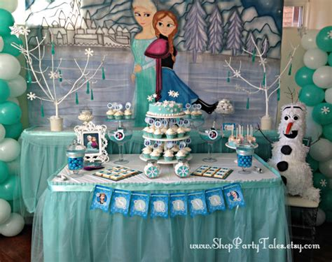 Need Trunk Or Treat Decorating Ideas by Art 237 Culos Similares A Frozen Disney Mural Pintados A Manos