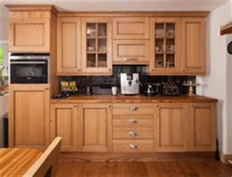 Handles For Oak Kitchen Cabinets by 1000 Images About Lacquered Oak Cottage Kitchen