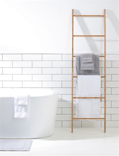 Bathroom Towel Ladder How To Achieve A Beautiful Functional Bathroom