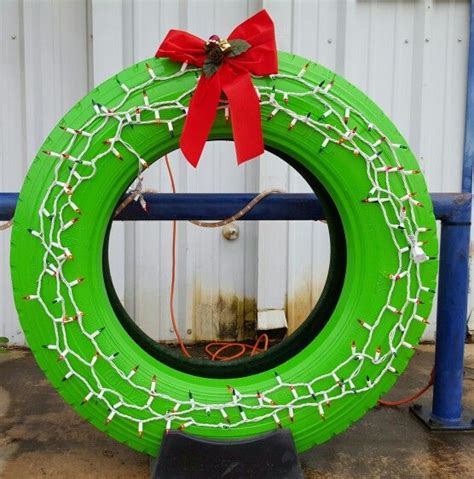 jeep wreath christmas tire wreath christmas pinterest door