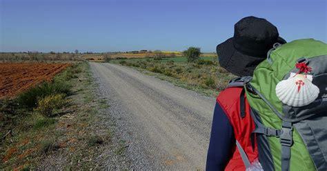 il camino di santiago il significato della conchiglia di santiago into santiago