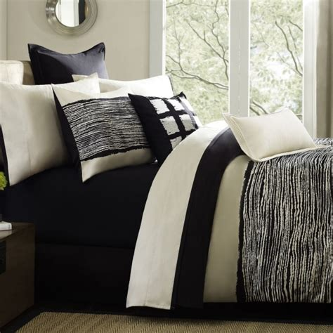 black and cream bedroom black cream bedding dorm room pinterest