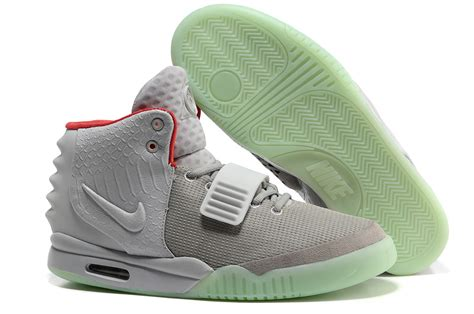 Nike Yeezy 2 nike air yeezy 2 wolf grey platinum glow in the for sale nike kd mvp