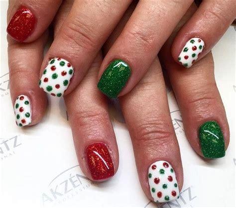 easy nail art christmas best 25 christmas manicure ideas on pinterest xmas