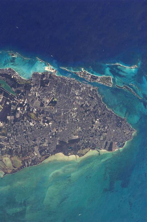 file nassau the bahamas jpg wikimedia commons
