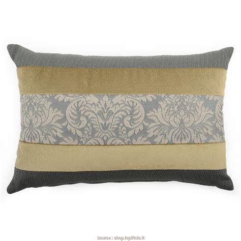 cuscini per divano grigio loveable 6 cuscini da abbinare a divano grigio jake vintage