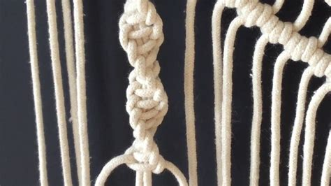 Macrame Spiral Knot - how to do macrame knots half square knot spiral