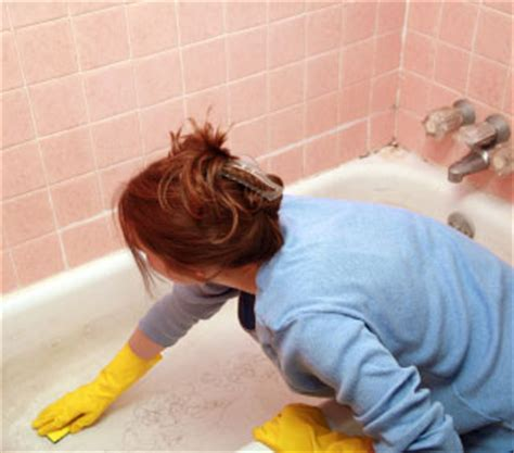 Bathtub Maintenance by How To Clean Your Bathtub Besthomecareservices