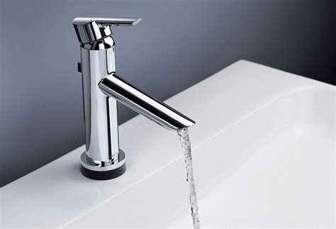 Delta Faucet   Bathroom and Kitchen Facuets, Hand Showers