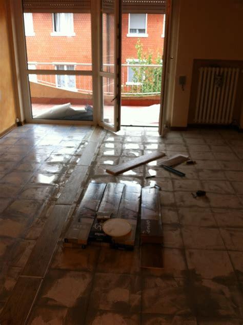 ristrutturazione pavimento ristrutturazione pavimenti idee pavimenti continui