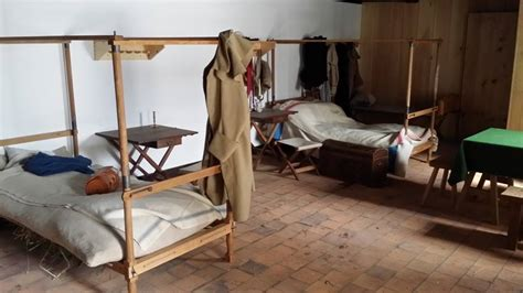 building roubos campaign bed  fort ticonderoga