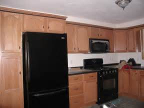 Black Appliances Kitchen Ideas by How To Decorate A Kitchen With Black Appliances